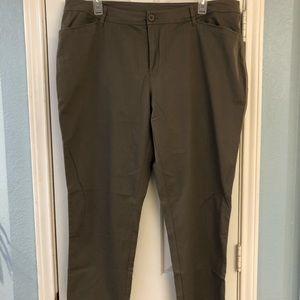 CJ Banks pants, olive/tan